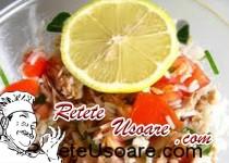 Salata de ton cu orez si morcov